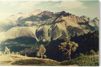 Tableau Plexiglas Paysage vintage avec des arbres et des montagnes
