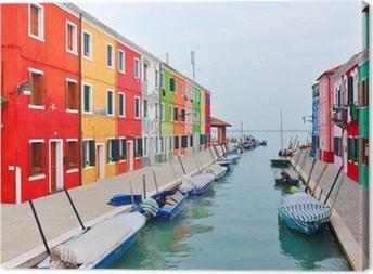 Tableau sur toile Burano île canal, maisons colorées église. Italie.