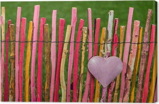 Tableau sur toile Coeur dans la clôture du jardin • Pixers® - Nous ...