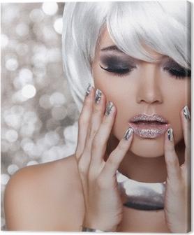 Tableau sur toile Fille blonde de mode. Portrait de beauté de la femme. Blanc Cheveux courts. Iso