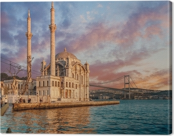 Tableau sur toile Iconic view of Istanbul from Ortakoy with The Bridge, The Mosque and The Bosphorus