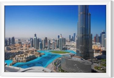 Tavla i Ram Downtown Dubai är en populär plats för shopping och sightseeing
