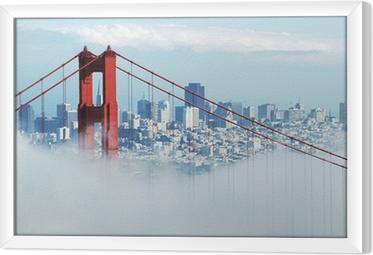 Tavla i Ram Golden Gate och San Francisco i dimma