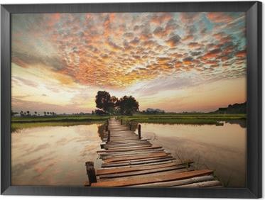 Tavla i Ram River på solnedgången