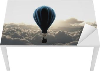 Tischaufkleber und Schreibtischaufkleber Heißluftballon am Himmel