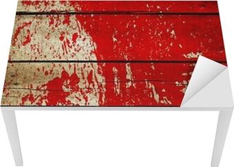 Tischaufkleber und Schreibtischaufkleber Red paint splash auf Holzbrett