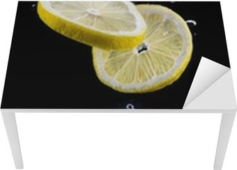 Tischaufkleber und Schreibtischaufkleber Zitronenscheibe im Wasser