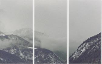 Triptychon Dunkle Wolken über Berg abzeichnenden