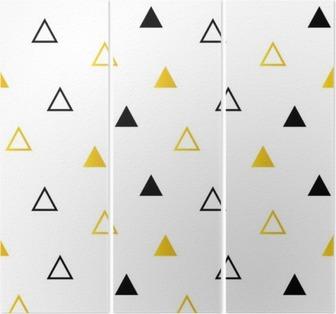 Triptych Trendy černé a zlaté trojúhelníky na bílém bezešvé vzor na pozadí.