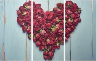 Tryptyk Kształt serca róż na drewniane tła