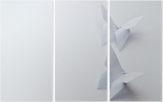 Tryptyk Motyle origami na białym tle