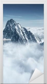 Türaufkleber Berge in den Wolken