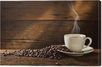 Tuval Baskı Eski ahşap zemin üzerine kahve fincanı ve kahve çekirdekleri
