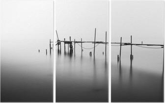 Üç Parçalı B Sea.Processed Ortasında bir harap Pier A Uzun Pozlama