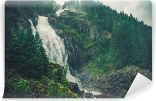Luonnonkaunis norjan vesiputous Vinyyli Valokuvatapetti