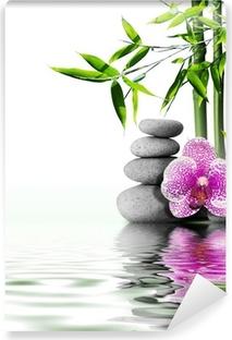 Violetti orkidea kukka loppuun bambusta veteen Vinyyli Valokuvatapetti