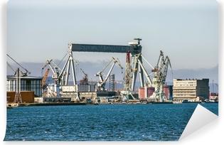 Vaskbar fototapet Gantry Crane i Shipyard of Gdynia, Polen.