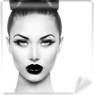 High fashion skønhed model pige med sort makeup og lange frodige Vaskbare Fototapet