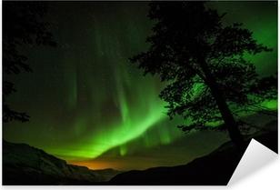 Vinilo Pixerstick Aurora Borealis (aurora boreal) en Suecia