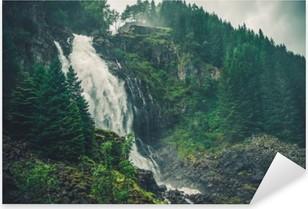 Vinilo Pixerstick Cascada escénica de Noruega