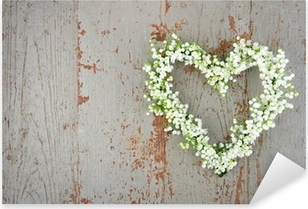 Vinilo Pixerstick Corazón en forma de corona de flores de lirios del valle