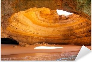 Vinilo Pixerstick Cueva famoso en la playa de Benagil en Algarve Portugal