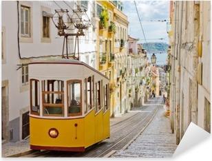 Vinilo Pixerstick Funicular de Lisboa Gloria conecta el centro con el Bairro Alto.