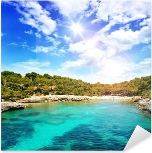 Vinilo Pixerstick Hermosa bahía de aguas cristalinas