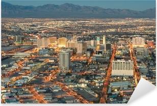 Vinilo Pixerstick Las Vegas Downtown - Vista aérea de edificios genéricos antes de sol