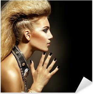 Vinilo Pixerstick Moda Rocker Style Modelo Girl Portrait. Peinado