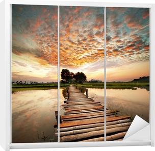 Vinilo para Armario Río en la puesta del sol