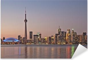 Vinilo Pixerstick Toronto horizonte de la noche CN Tower rascacielos del centro de la puesta del sol Canad