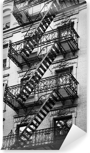 Façade avec escalier de secours noir et blanc - New-York Vinyl Wall Mural