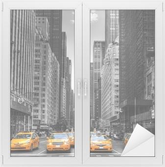 Avenue avec des taxis à New York. Window & Glass Sticker
