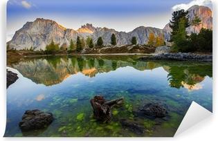 Yıkanabilir Duvar Resmi Limides Gölü ve Dağı Lagazuoi, Dolomites
