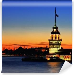 Zelfklevend Fotobehang De Maiden's Tower in Istanbul