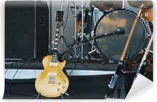 Zelfklevend Fotobehang Muziekinstrumenten op het podium, close-up
