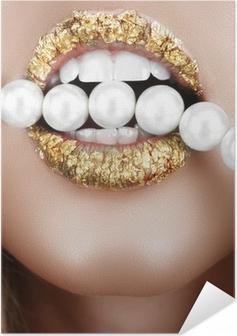 Zelfklevende Poster Bladgoud mond met parels