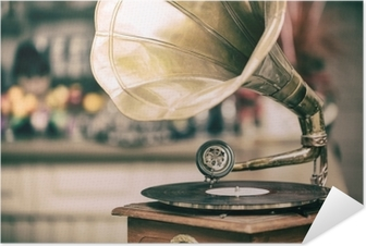 Zelfklevende Poster Retro oude grammofoon radio. vintage stijl getinte foto