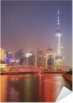 Zelfklevende Poster Shanghai tuin brug bij nacht