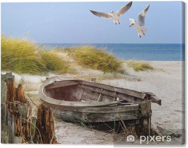 Canvas Altes Fischerboot, Möwen, Strand und Meer - Schepen, jachten en boten