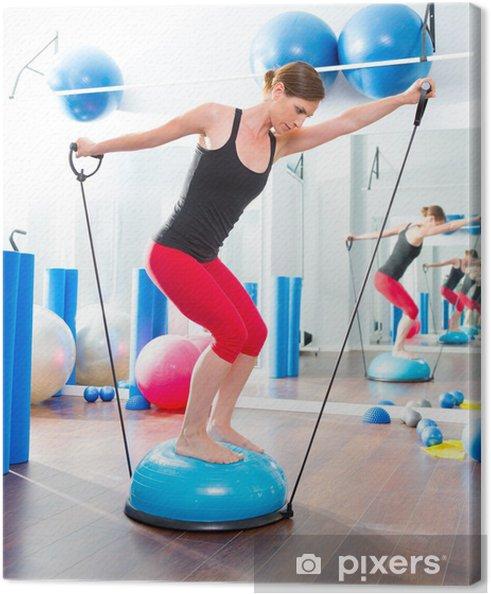 Canvas BOSU bal voor fitness instructeur vrouw in aerobics - Gezondheid
