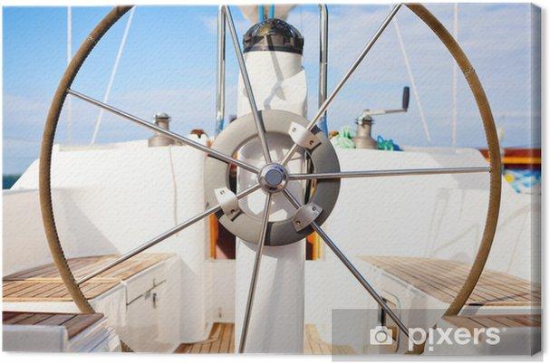 Canvas Een stuurwiel op een boot met lege stoelen. - Boten