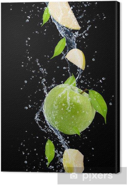 Canvas Groene appels in het water splash, geïsoleerd op zwarte achtergrond - Vruchten