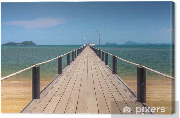 Canvas Houten brug op een mooi strand op zonnige dag - Infrastructuur