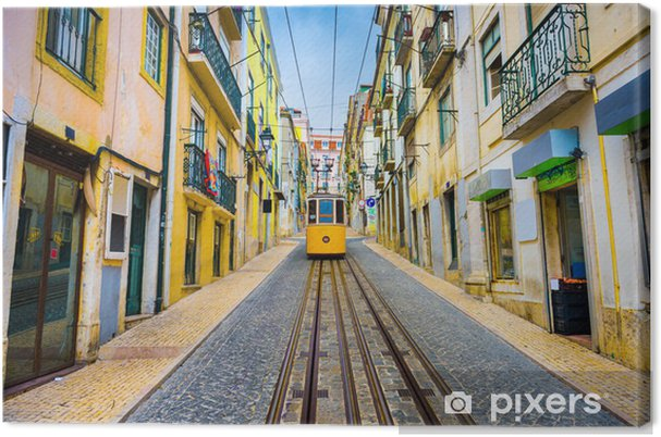 Canvas Lissabon, Portugal Old Town Cityscape en Tram - iStaging