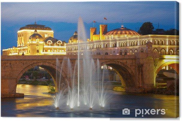 Canvas Macedonische hoofdstad Skopje. Oude stenen brug - Europa