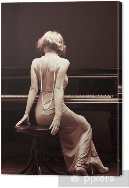 Canvas Mooie jonge aantrekkelijke vrouw in cocktail jurk en piano - piano