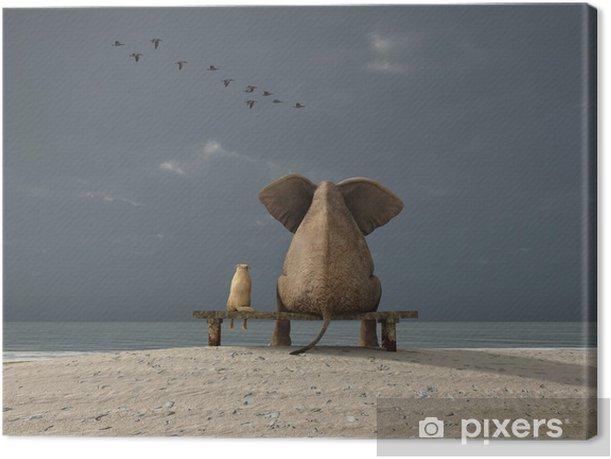 Canvas Olifant en de hond zitten op een strand - iStaging