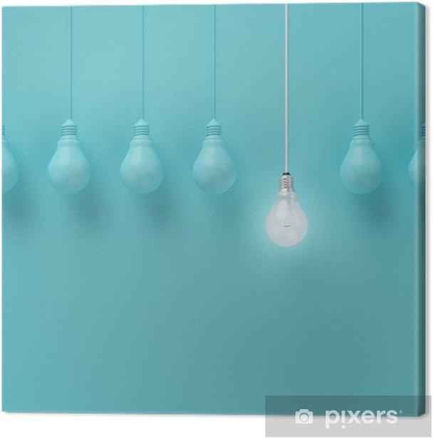 Canvas Opknoping gloeilampen met gloeiende een ander idee op lichte blauwe achtergrond, Minimal conceptenidee, plat, top - Business